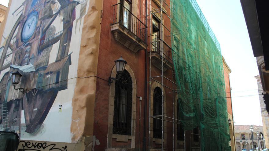 Reparación integral de las cornisas del Ayuntamiento de Zamora