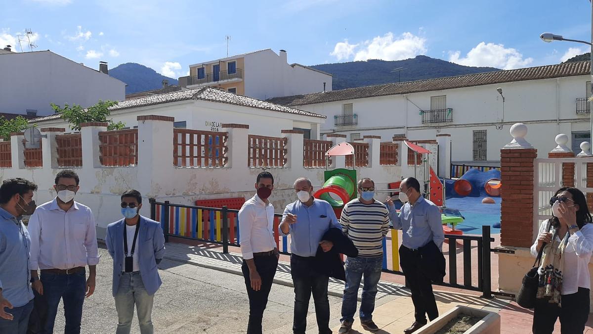 Bielsa, ayer de visita en la comarca Requena-Utiel