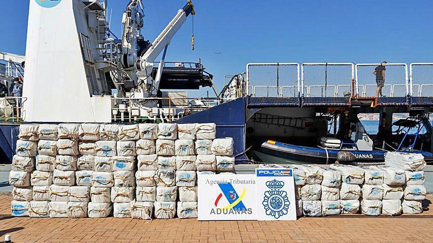 Un velero 'canario', interceptado con 2.800 kilos de cocaína en las Azores