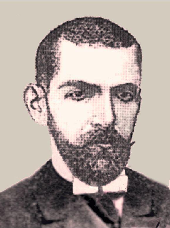"O notario Manuel Martínez González, autor de ""A lúa de Cangas""."
