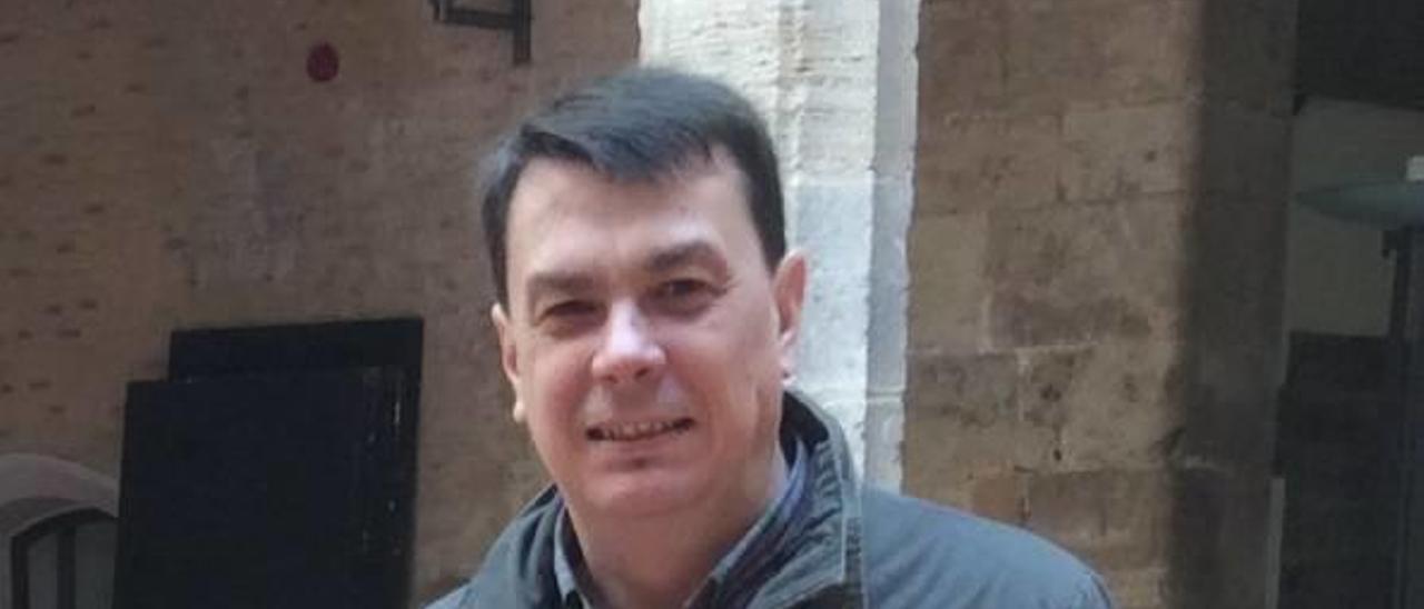 «Las Administraciones tienen que hacer un esfuerzo por difundir  el Castell d'Alaquàs»