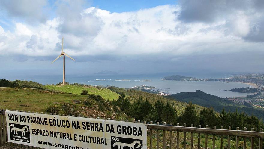 """Un nuevo parque eólico """"planta"""" un molino de 200 metros en las mejores vistas de Baiona"""