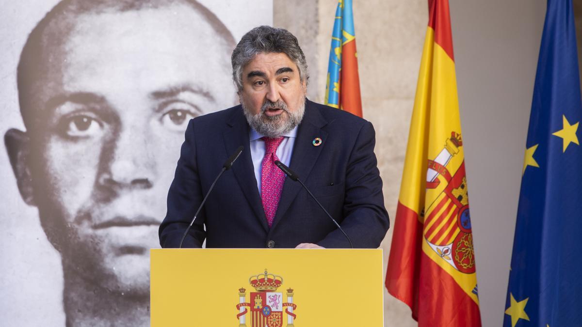 El ministro, en un acto en la Delegación del Gobierno.