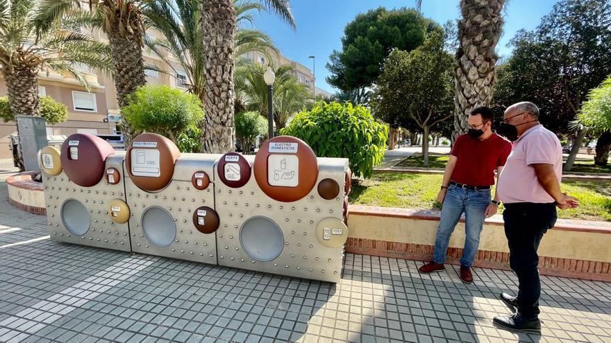 Elche estrena nueve puntos limpios de proximidad en las pedanías y el casco urbano