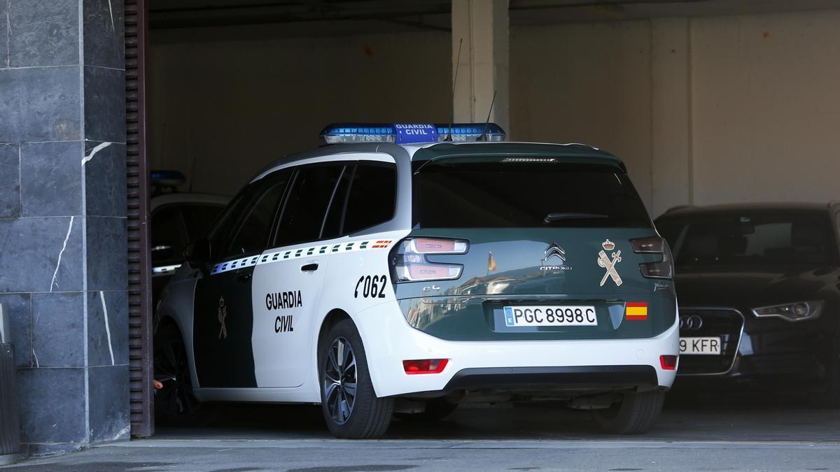 Una imagen de archivo de una vehículo de la Guardia Civil.