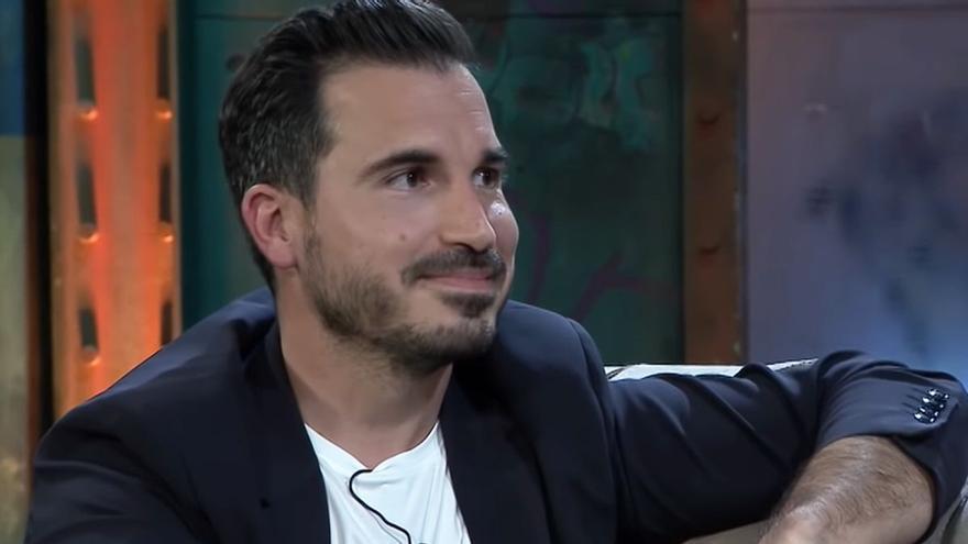 """Javier Castillo responde a la pregunta del dinero en 'La Resistencia': """"Todo lo tributo en España"""""""