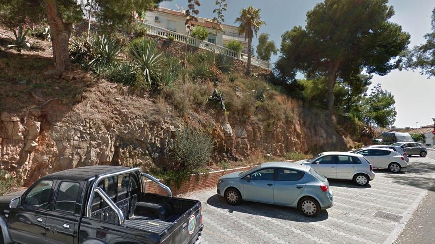 Urbanismo contrata la construcción de un muro de contención en el Paseo de la Sierra, en Cerrado de Calderón