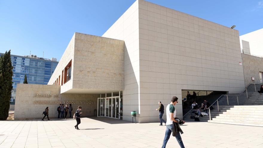 Ciencias del Trabajo y Comunicación y Documentación obtienen la Acreditación Institucional de ANECA