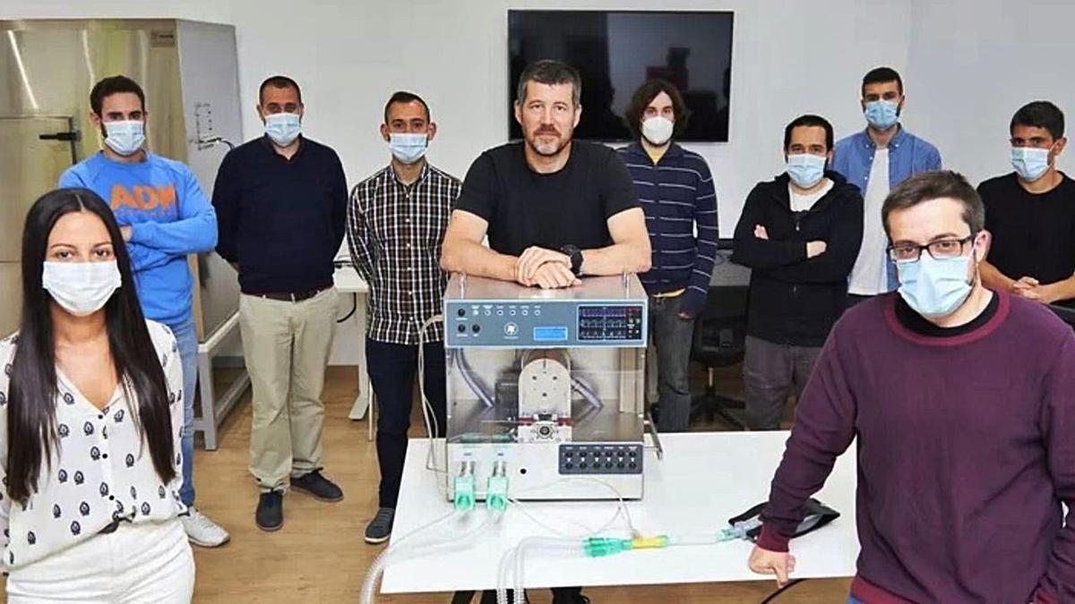 Plantilla de Bionix Supplychain Technologies con el respirador en el centro de la imagen.