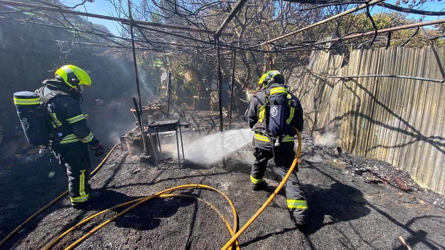 Fuego en una casa de Santa Lucía