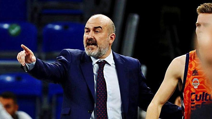 Ponsarnau comunica al club que se va del Valencia Basket