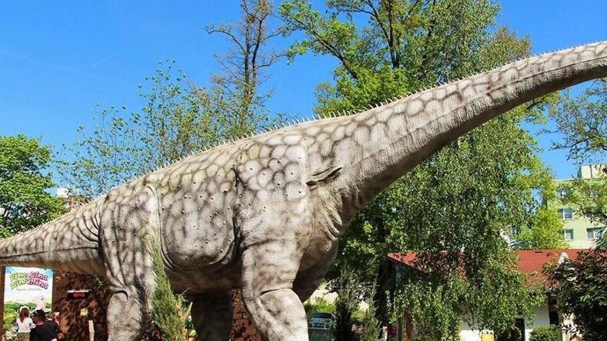 Hallan pruebas de canibalismo entre algunos dinosaurios