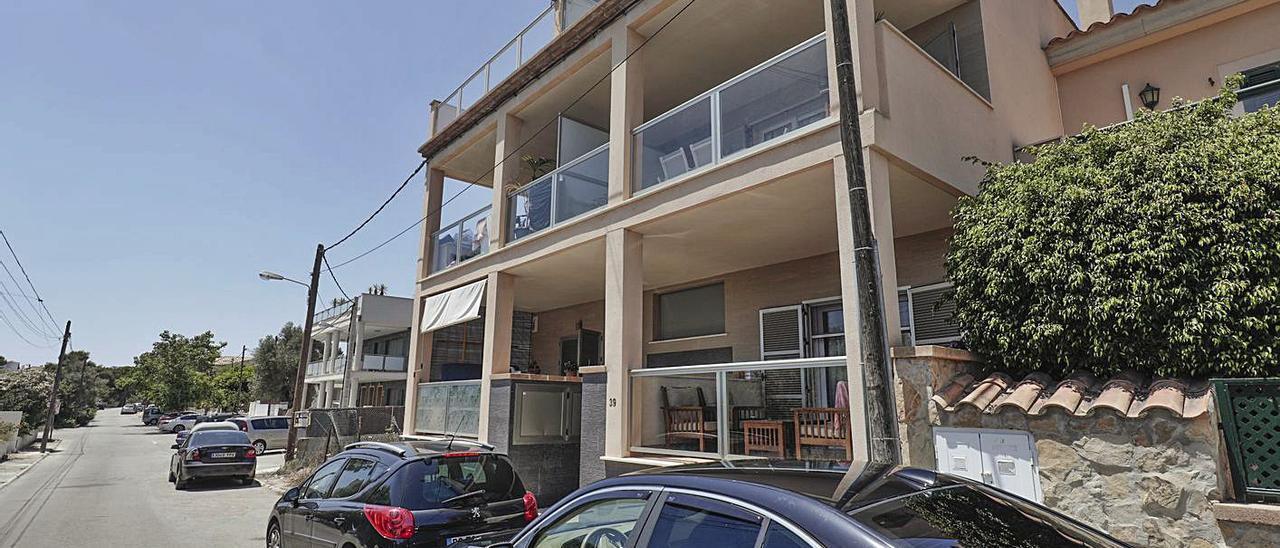 La mujer residía en un apartamento de la urbanización de Cala Pi, en Llucmajor.