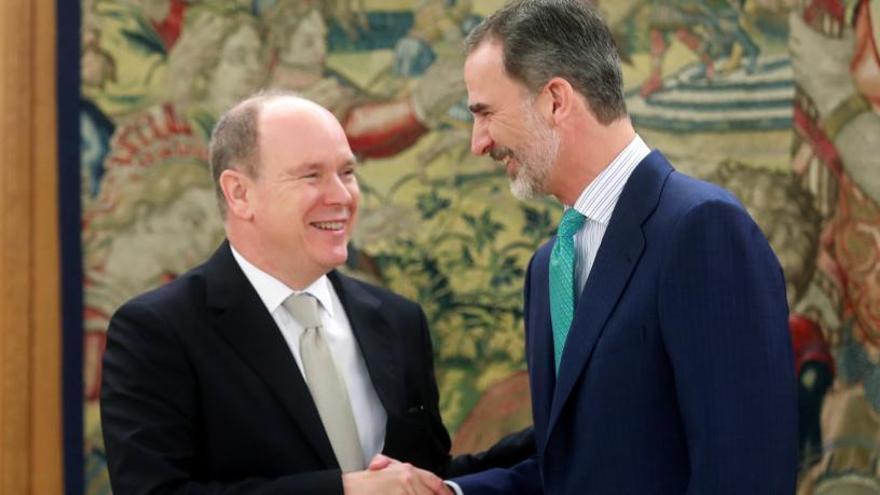 El Rey Felipe VI recibe en La Zarzuela a Alberto de Mónaco