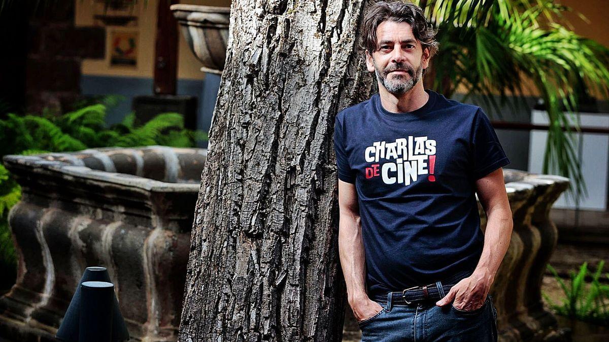 El actor Eduardo Noriega posa en la Casa de Los Capitanes, en La Laguna.