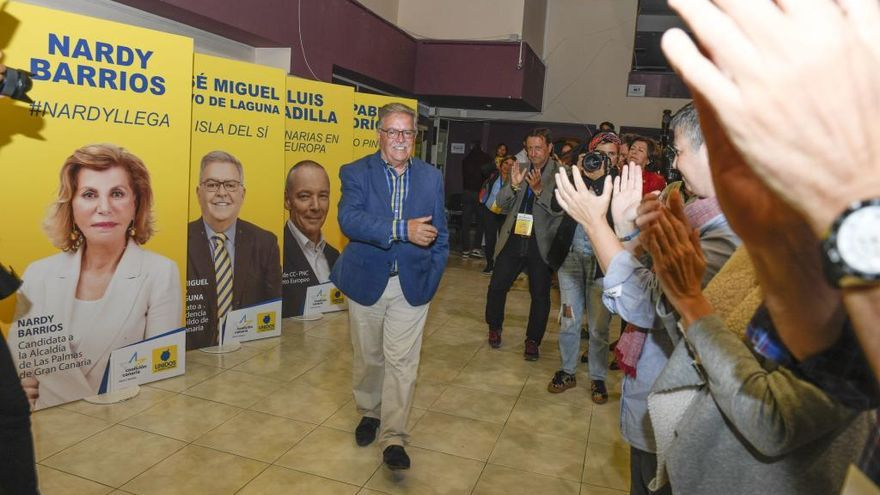 La oposición espera un guiño de Ibarra para intentar desalojar a NC