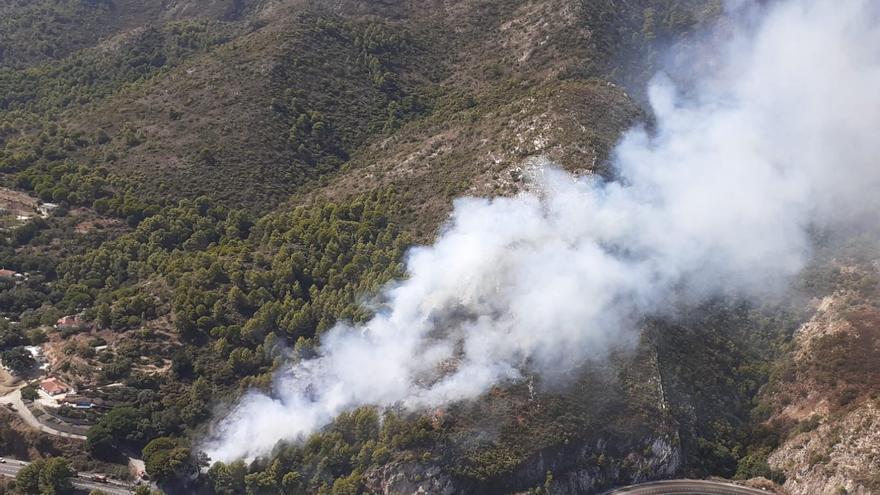 Extinguido el incendio forestal declarado en Ojén, con 1,27 hectáreas de arbolado afectadas