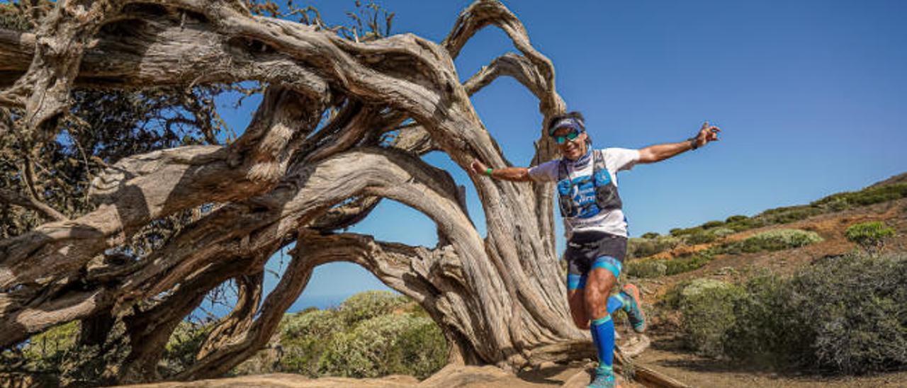Santy de la Huerga durante el maratón del Meridiano en El Hierro, su primera prueba de las ocho programadas, el pasado 1 de febrero.