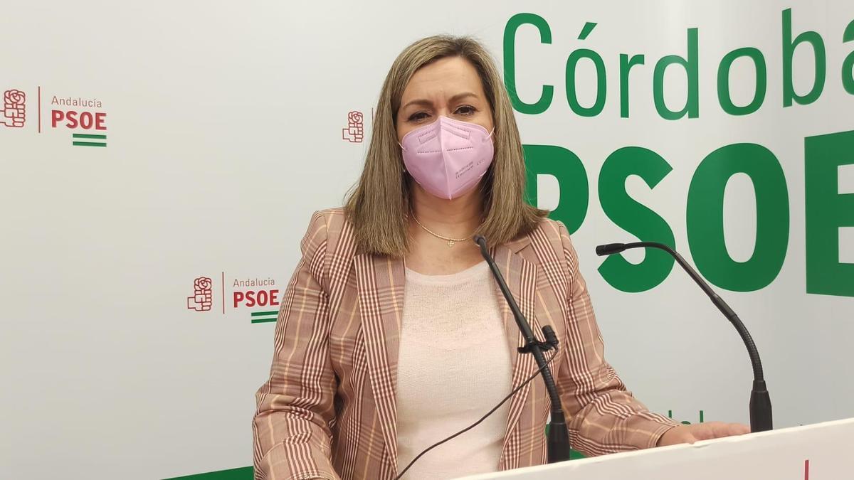 La senadora del PSOE por Córdoba, María Jesús Serrano.