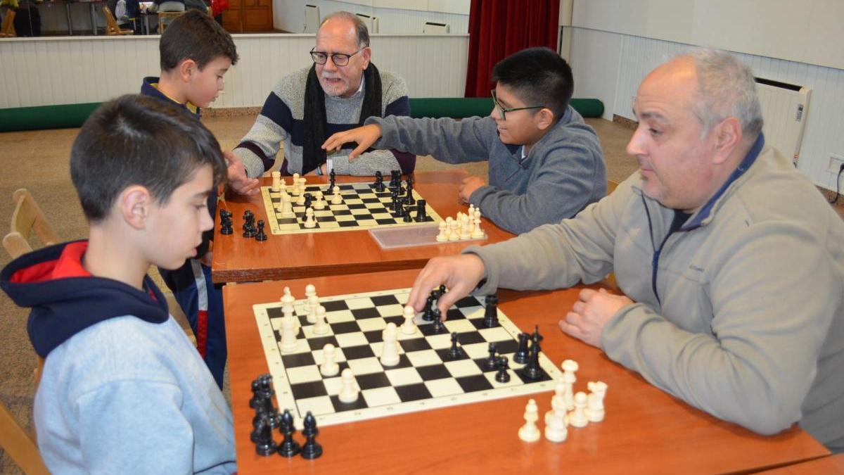 El ajedrez, una de las actividades municipales.