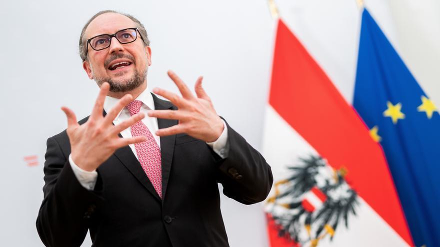 Conservadores y Verdes seguirán en el Gobierno de Austria tras la dimisión de Kurz