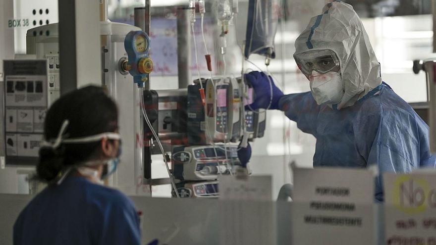 Una joven de 19 años sin patologías previas muere por coronavirus