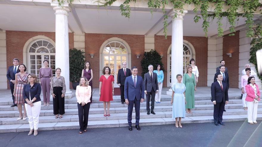Foto y primer Consejo de Ministros del nuevo Ejecutivo