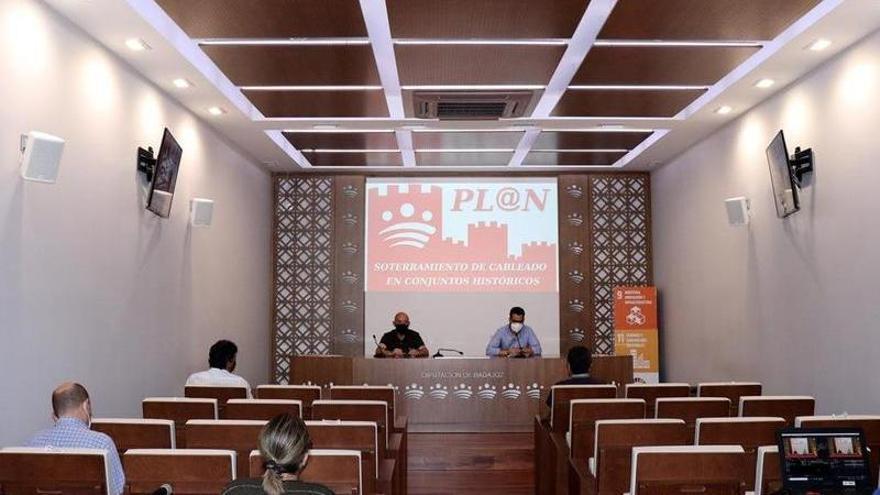 La diputación dedica 300.000 euros al soterramiento de cable en la provincia de Badajoz