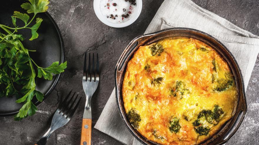 Frittata vom Spargel, Parmesan und neuen Kartoffeln