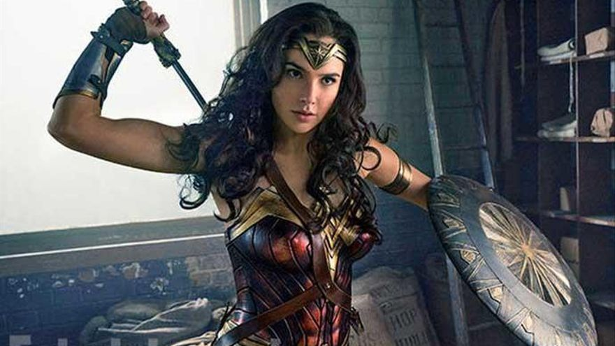 La secuela de 'Wonder Woman' retrasa su estreno