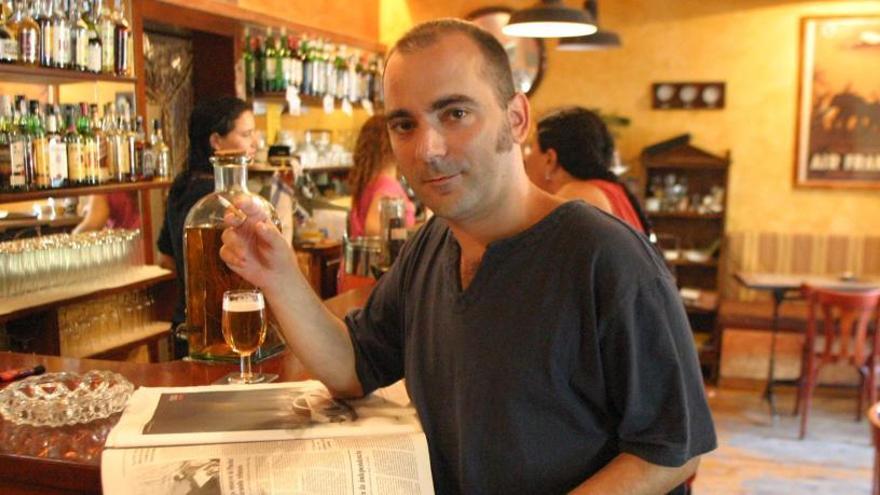 El poeta Manel Marí fallece de  gripe A en València a los 42 años