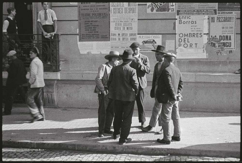 Imágenes de 'La Caja Roja', selección de fotos de la Guerra Civil de Antoni Campañà