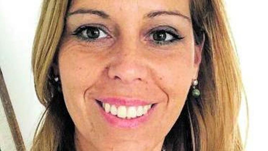 Begoña Reyero: «El hecho de estar vacunado no  significa estar libre de covid»