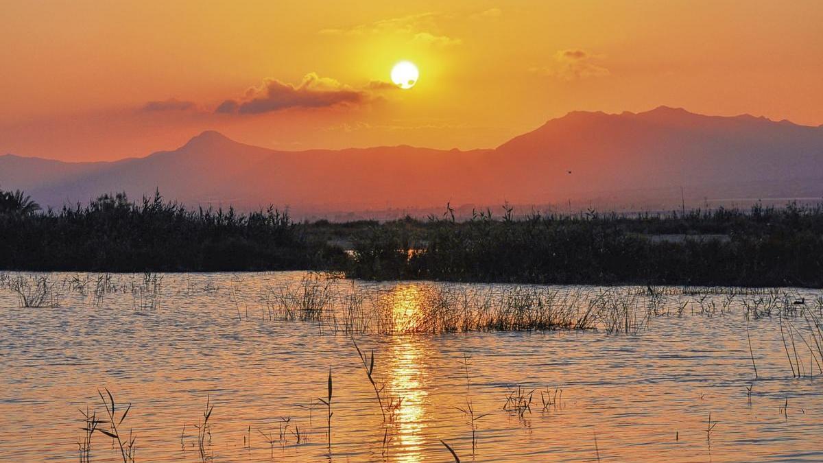 La Sierra de Crevillent es una de las zonas montañosas más impactantes de la Comunitat Valenciana.