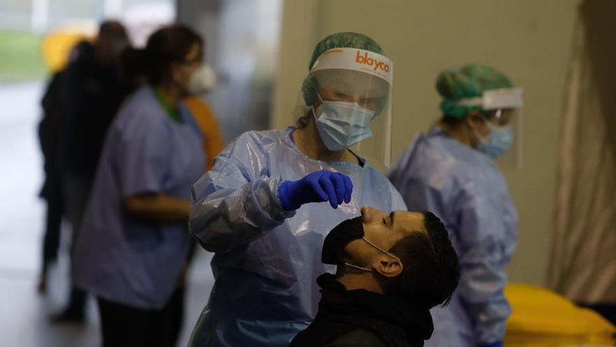 Ligero repunte en los contagios en Asturias: Salud registra 64 nuevos casos
