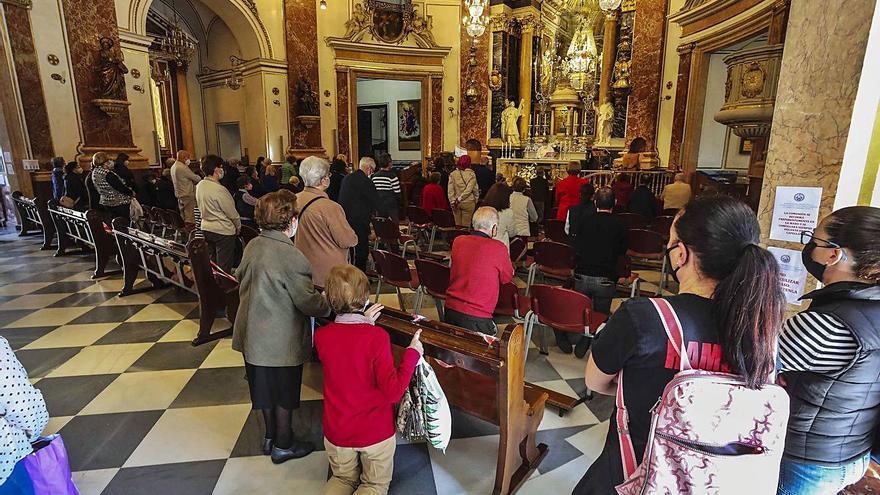 Preocupación por la  posible visita masiva de gente  a la Virgen mañana