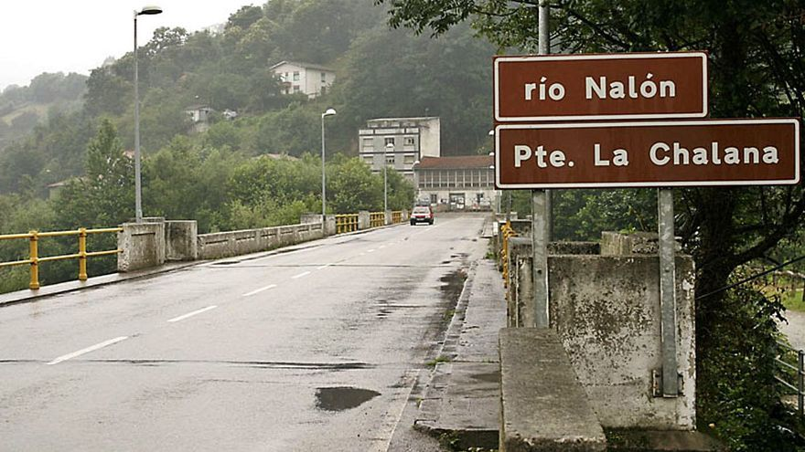 El Pleno de Laviana analizará el mal estado del puente de La Chalana a propuesta de Cs