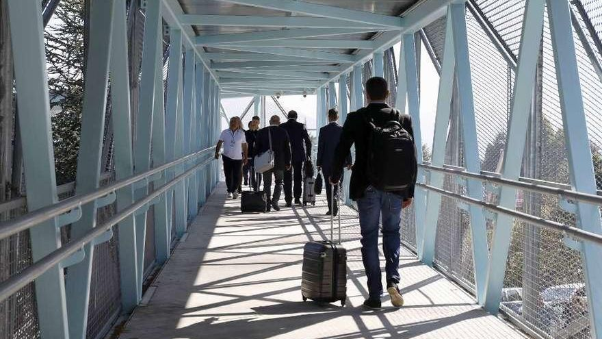 Las 2.400 personas diarias a las que el COVID no cortó las alas en Galicia