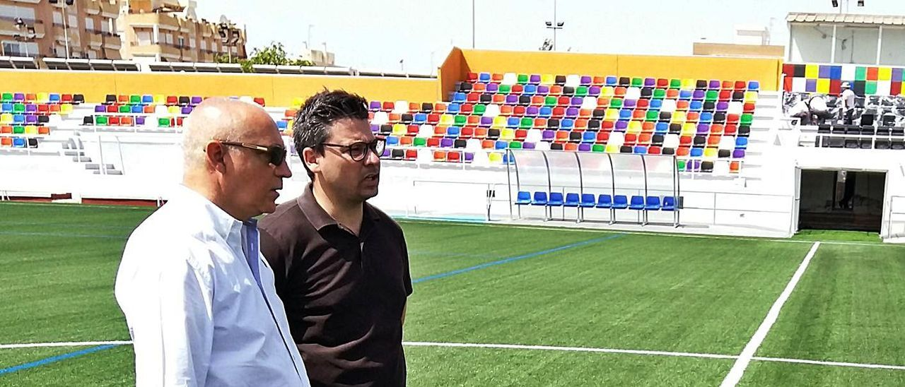 El alcalde, Jesús Villar, junto al concejal José Luis Lorenzo, en una imagen de archivo
