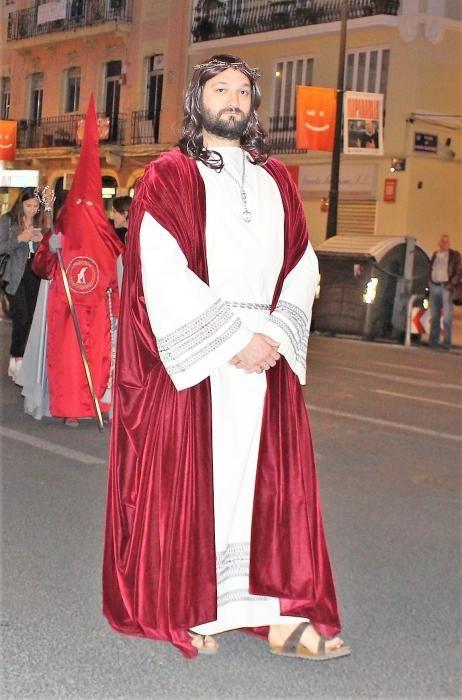 """Y también participa, como Jesús, el finalista de la primera edición de """"Maestros de la Costura"""" Jaime."""