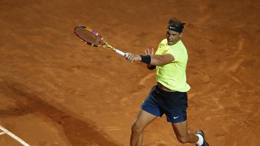 Rafa Nadal regresa con una cómoda victoria ante Carreño