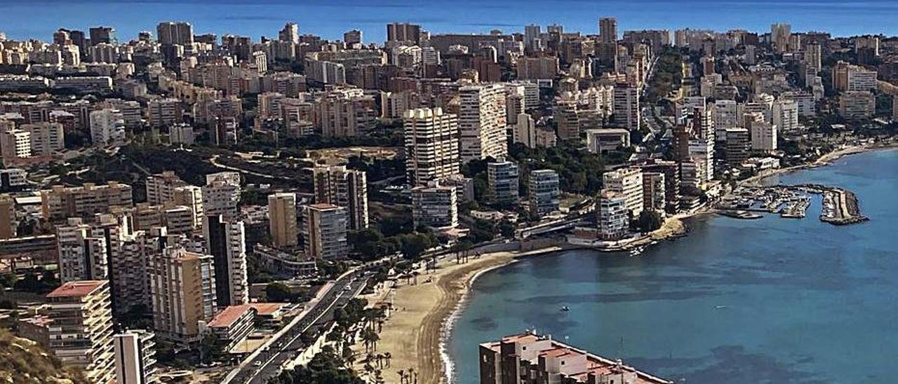 Vista de Alicante desde la Serra Grossa