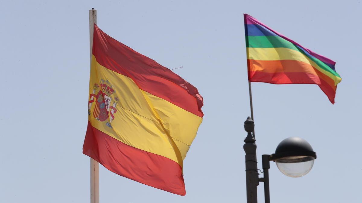 Vox San Javier pide que el arcoíris deje de ser el símbolo LGTBI