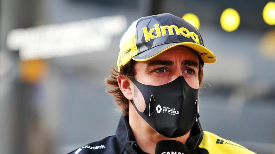 Alonso hará dos días de test con Renault en Baréin