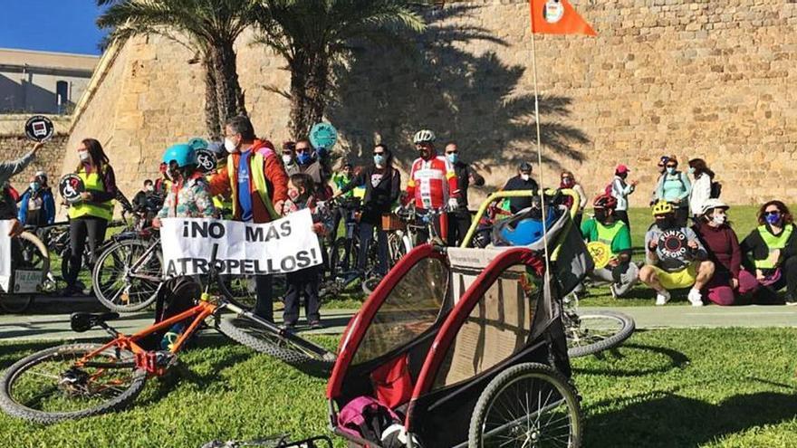 Bicifestación para exigir el derecho a la seguridad vial