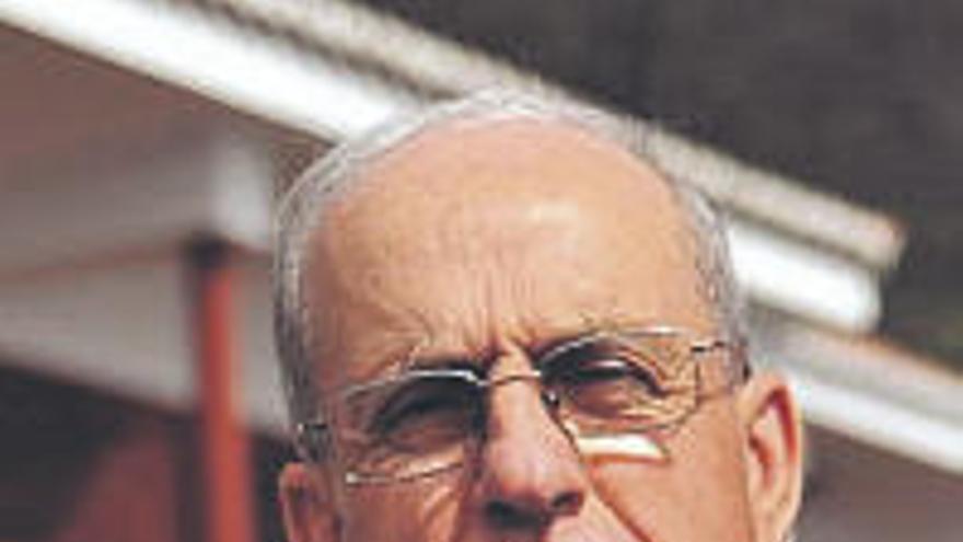 Tomás Padrón considera que la gestión pública reduciría los apagones